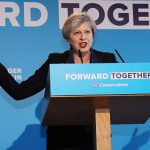 May promete un Brexit duro al electorado británico